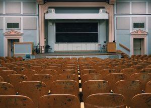 classroom-2093746_960_720